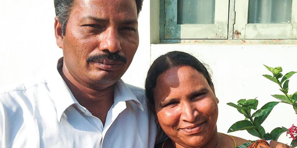 Elisha Athota, a construction worker, thought that he had married a new Seventh-day Adventist when he and Solomi tied the knot in Vanukuru, central India. (Andrew McChesney / Adventist Mission)